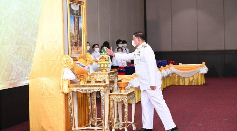 พิธีรับพระราชทานเครื่องราชอิสริยาภรณ์ชั้นสายสะพาย ประจำปี 2563 ให้แก่ข้าราชการในสังกัดกรุงเทพมหานคร